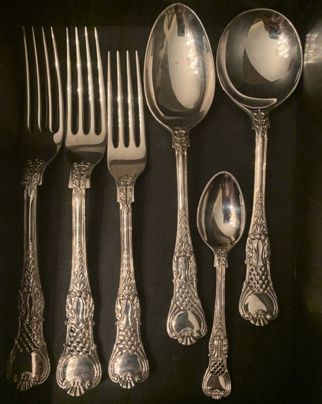 Roberts & Belk Coburg Pattern Silver Plated English 10 piece set