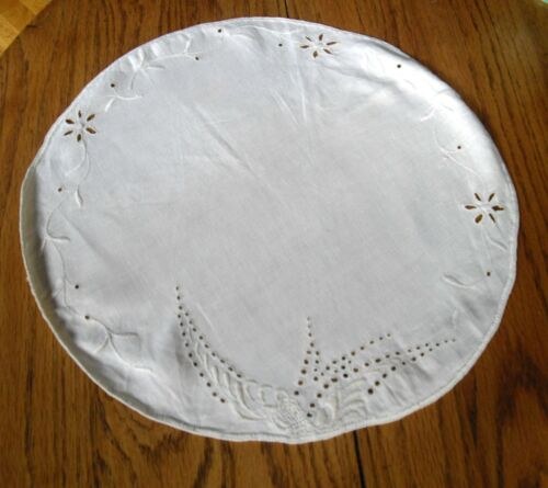 "Vintage Cream Linen 15"" Round Table Scarf w/ Cut-Out Flowers  ~"