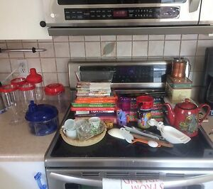 Assorted kitchen stuff. Pending pick up