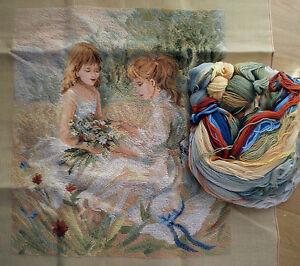 Gobelin – 2 Mädchen mit Blumenstrauß – Stickpackung – Größe 48x55 cm - sticken