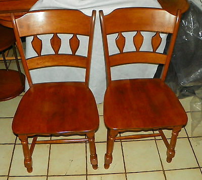 - Pair of Heywood Wakefield Maple Sidechairs / Dinette Chairs  (SC256)