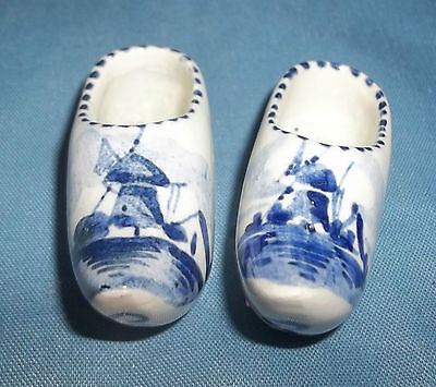 Vtg Mini Delft White Blue Holland Dutch Decorative Shoe Figurines Windmill House