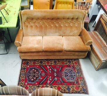 Vintage velour couch Sunshine North Brimbank Area Preview