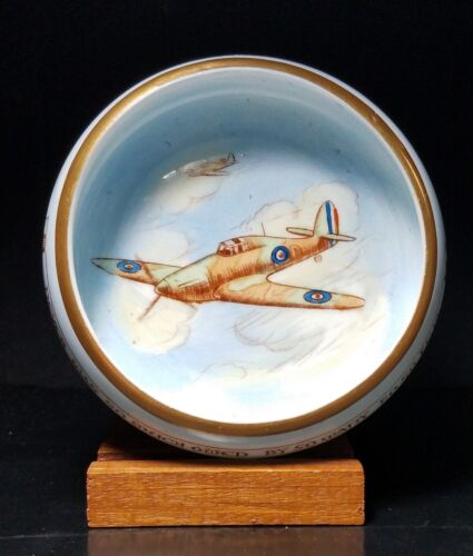 PARAGON China Patriotic Series WWII Battle of Britain Pin Dish Hawker Hurricane