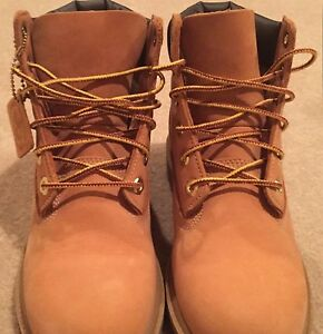 Size 14 Timberland boots worn once . Have box