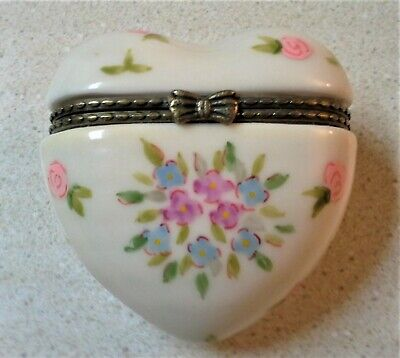 Vintage Porcelain Heart-shaped - Trinket Box - Ring Box w/Roses Flowers Hinged