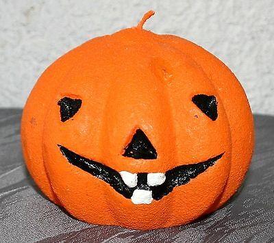 Kerze Kürbis Halloween 11 cm d  9 cm h Wachskerze Kürbisform orange mit Gesicht