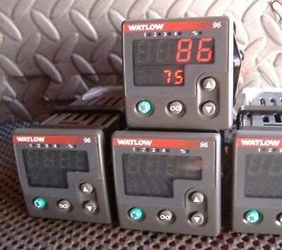 Watlow 96a1-cdam-00rr Temperature Controller 100-240vac Input