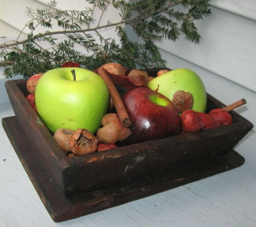 ANTIQUE WOODEN APPLE/FRUIT BOX W/CANTED SIDES, SMALL SQUARE NAILS, SMALLER SIZE
