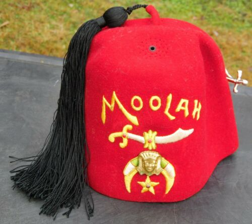 Shriners Fez Moolah Burgundy Hat with Rhinestone Pin Hat Tassel DeMoulin Bros