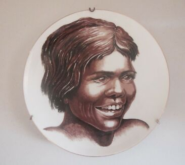 VINTAGE WESTMINSTER WALL PLATE ABORIGINAL GIRL