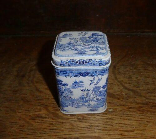 "Collectable Blue Willow Small Tea Tin Grumbridge Bedford England 2-1/4"" DR2"