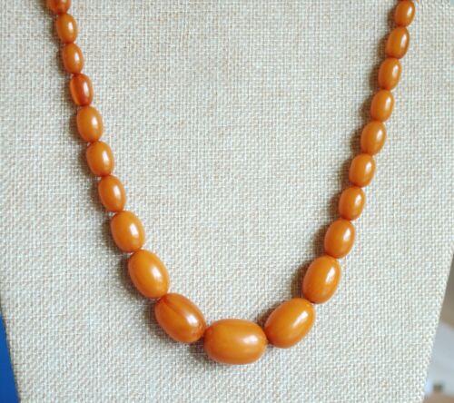 Vintage Art Deco Butterscotch Egg Yolk Amber Bakelite Graduated Bead Necklace