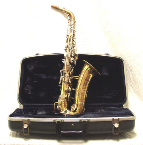 Vintage 1966 Buescher 400 Alto Saxophone - Make an Offer!!