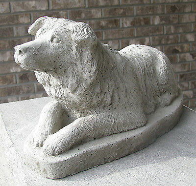 CONCRETE BORDER COLLIE DOG STATUE / MONUMENT