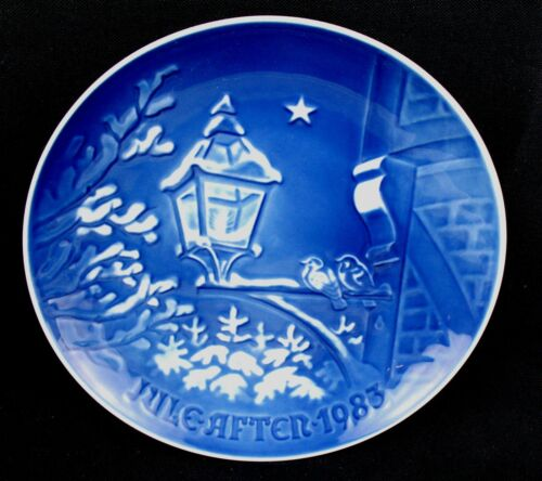 BING & GRONDAHL COLLECTIBLE PLATE - Jule After 1983 - Christmas Eve 1983