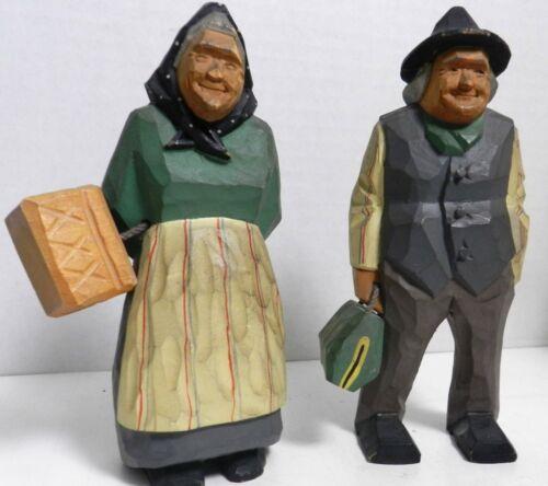 "DD-14 FRENCH CANADIAN WOOD CARVED FOLK ART MAN AND WIFE 6 1/2"""
