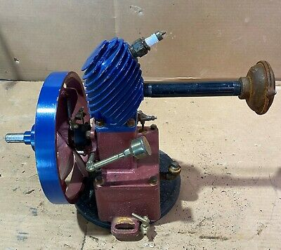 Maytag Magneto Upright Gas Engine Hit Miss Sn Red Blue