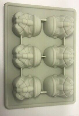 Official Star Wars Stormtrooper Silicone Mould for Ice - Ice Cube Tray -Grey