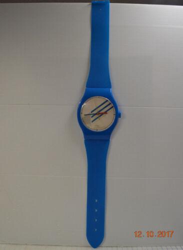 Vintage Quartz Jumbo Oversized Plastic Blue Watch Wall Clock - Made in Taiwan
