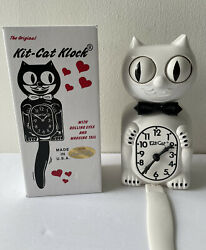 White Kit Cat Clock 15.5 MADE IN USA Official Kit-Cat Klock, Open Box Excellent