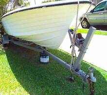 Boat Trailer (with boat for free) Caloundra Caloundra Area Preview