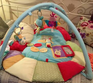 Playmat  By Little Bird Told Me **  Softly Snail Green Musical Bar Beach Newcastle Area Preview