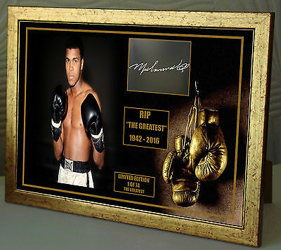 "Muhammed Ali ""The Greatest "" World Champion Canvas Print Signed ""Great Souvenir"""