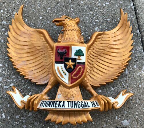 "Vintage 16"" RARE Fiberglass Garuda Pancasila Indonesia National Emblem Wall Art"