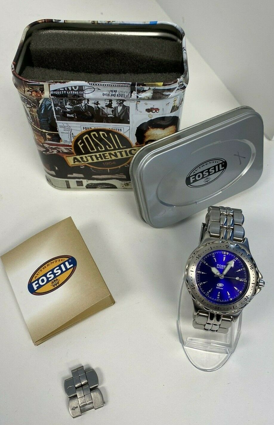 Fossil Blue 50 Meters Stainless Steel Watch AM-3175  - $29.99