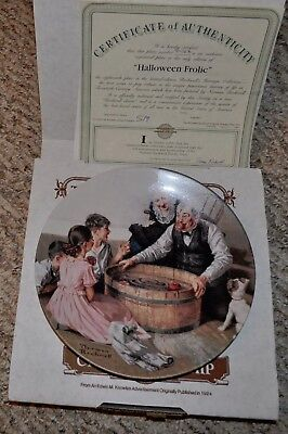 Norman Rockwell Heritage Collection Plate Halloween Frolic - Norman Rockwell Halloween