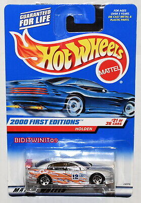HOT WHEELS 2000 FIRST EDITIONS COMMODORE HOLDEN #21/36 SILVER