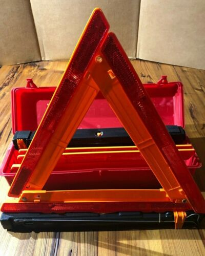 Safety Triangles Cortina Strato-Flare 219 Emergency Warning Triangle Kit