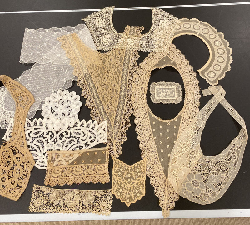 Lot of 18 Lovely Vintage Antique Lace And Lace Trim Collars