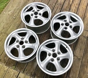 mags porsche 17 pouces staggered 5x130 !