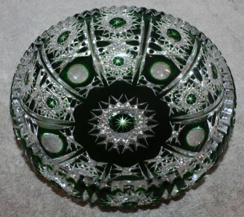 ANTIQUE EMERALD GREEN CUT TO CLEAR CRYSTAL BOWL W/HOBSTARS