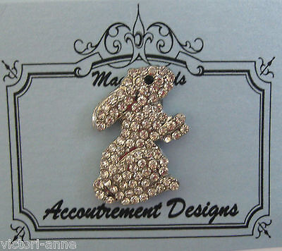 Accoutrement Designs Easter Bunny Rabbit Needle Minder Magnet Mag Friends