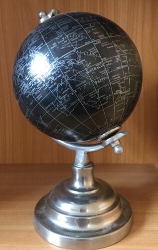 Globus, Schwarz/Silber, ca. 27x18 cm