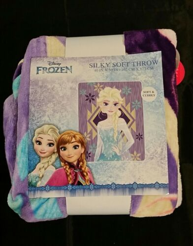 Disney Frozen Silky Soft Fleece Throw 40 x 50 New With Tags