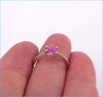 PINK FIRE CREATED OPAL SOLITAIRE STERLING SILVER 925 RING AUS O.