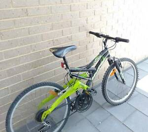 Huffy crusade mountain bike - Under 'contract'