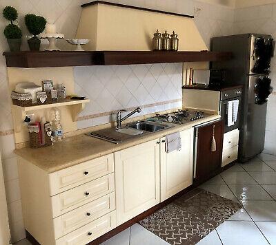 Cucina artigianale in legno completa di elettr.lung Mt.3 - frigo Ariston cm 70