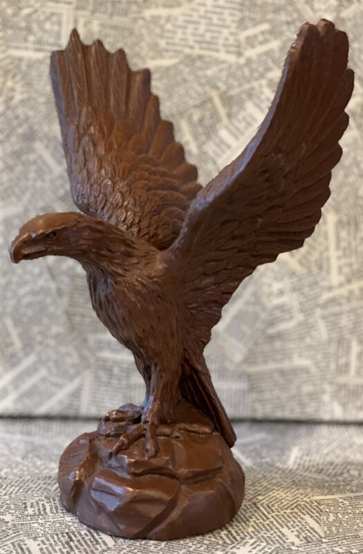 Red Mill Mfg 1987 Handcrafted Pecan Shell & Resin American Eagle Figure