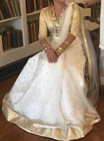 white and gold lengha