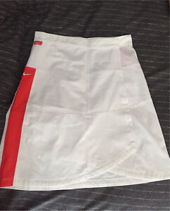 Brand new Nike skirt women's M golf gear