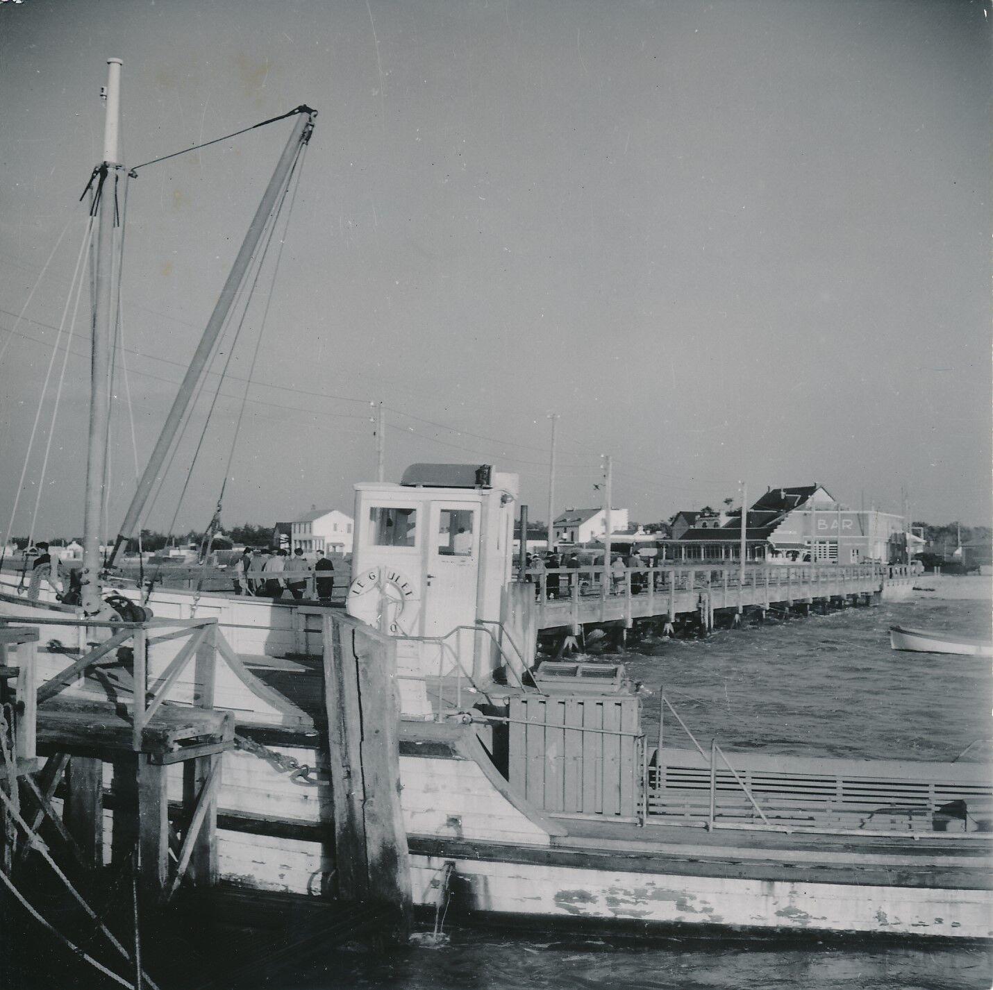 FROMENTINE c. 1950 -  Bateau  Ponton  Vendée - Div 7884