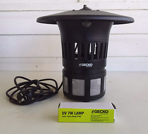 GECKO Triple Lure Insect Bug Zapper + two new UV lights. Gloucester Gloucester Area Preview