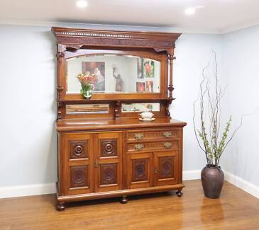 Antique Walnut Carved Edwardian Mirror Back Sideboard / Buffet