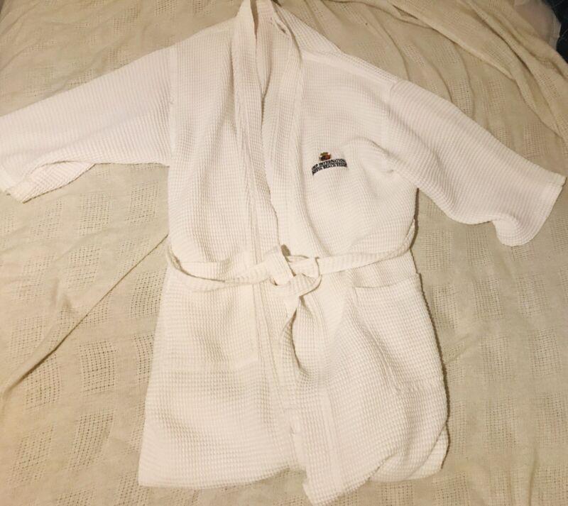 Trump International Sonesta Beach Resort White Cotton Robe One Size Fits All