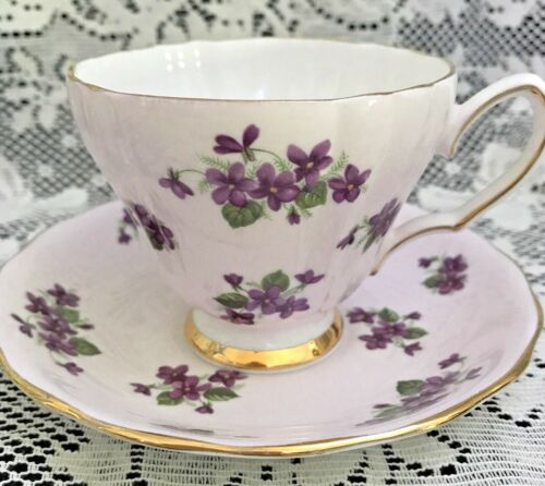Colclough Teacup & Saucer, Purple Violets on Pale Pink, Made in England